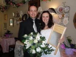 Emerald Necklace Inn Washboard Couple