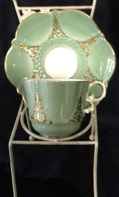 emerald-necklace-inn-teacups-c163