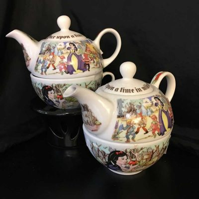 2-piece-'Tea-For-One'-set.-Snow-White-and-the-Seven-Dwarfs-motif.-WEB